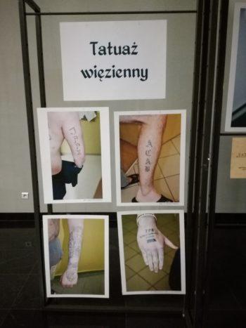 Tatuaż więzienny – wystawa