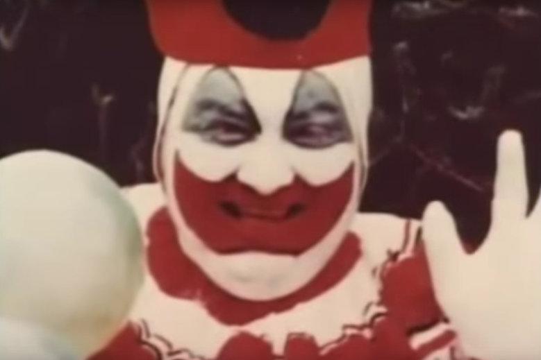Klaun Pogo – seryjnym mordercą